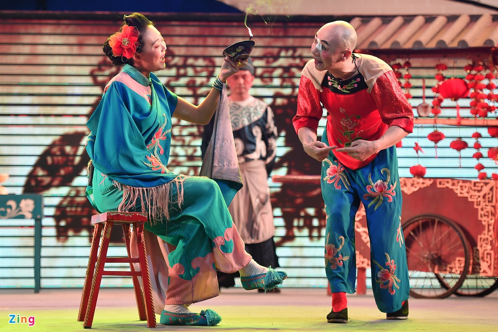 xem Xuyen kich doi mat na o Tu Xuyen Trung Quoc anh 11