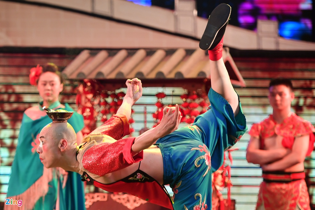 xem Xuyen kich doi mat na o Tu Xuyen Trung Quoc anh 14