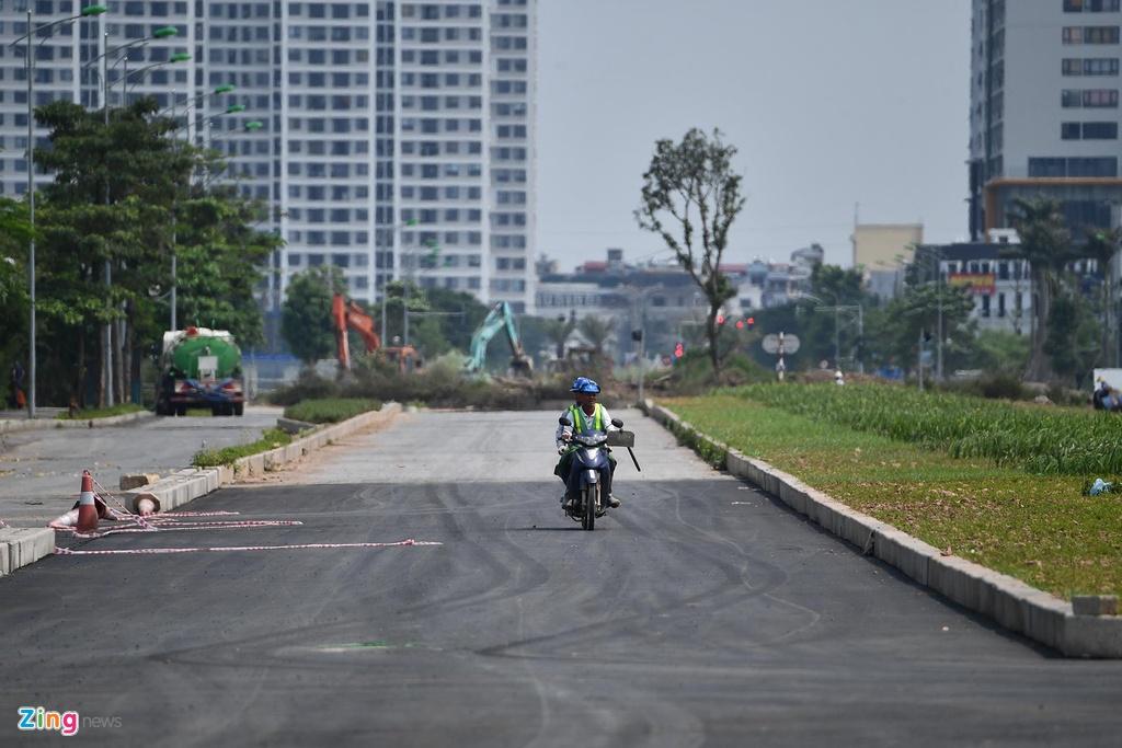 Tuyen duong thi cong cham hon 'rua bo' qua khu do thi Tay Ho Tay hinh anh 9