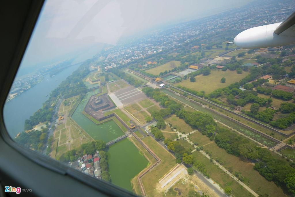 80 km tren khong cung thuy phi co tu Hue toi Da Nang hinh anh 9