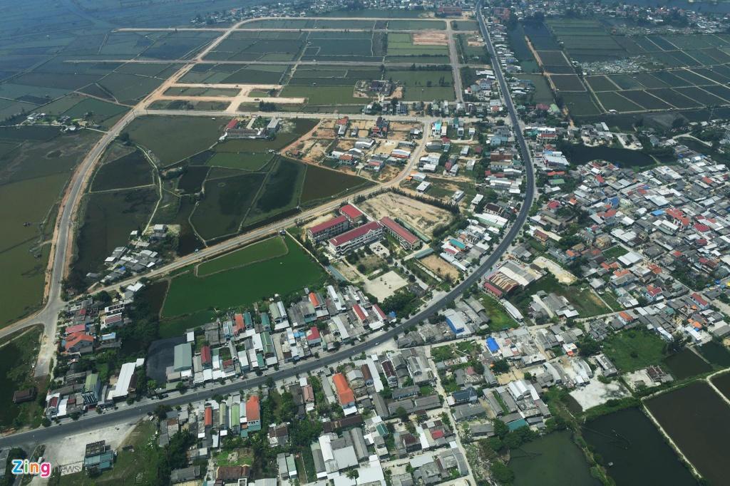 80 km tren khong cung thuy phi co tu Hue toi Da Nang hinh anh 7