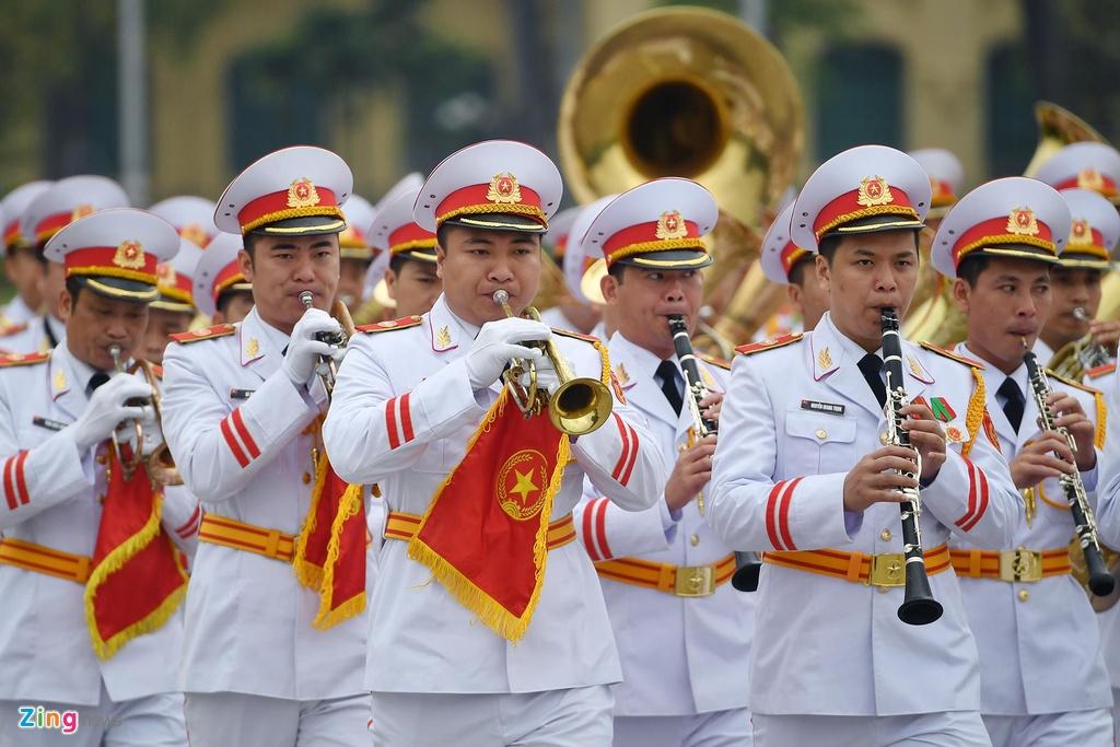 dai bieu Quoc hoi vieng lang Chu tich Ho Chi Minh anh 2
