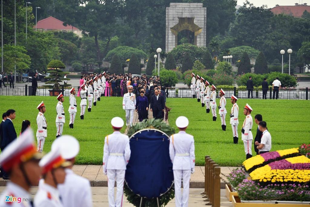 dai bieu Quoc hoi vieng lang Chu tich Ho Chi Minh anh 3