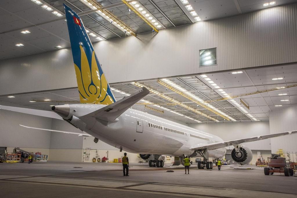 Canh phun son sieu may bay Boeing 787-10 di thue moi nhat cua Viet Nam hinh anh 9
