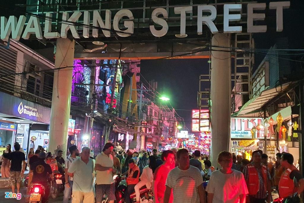Can canh tu diem an choi bac nhat Thai Lan sau 0h hinh anh 1 sexshow_zing_1_.jpg