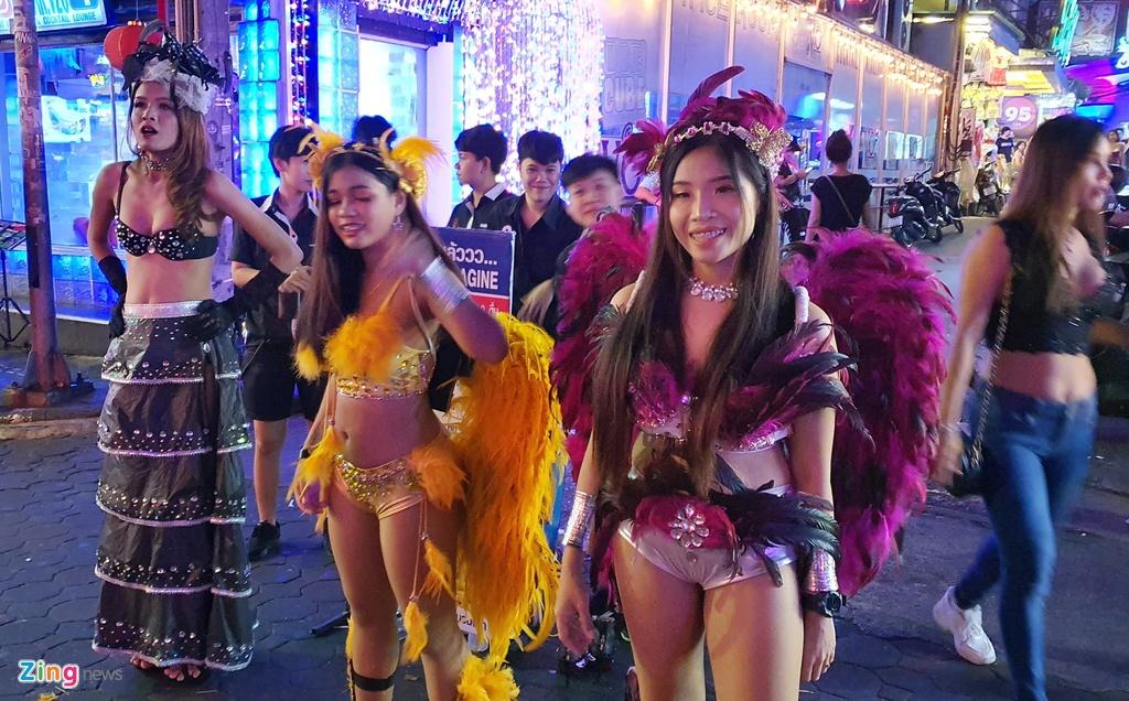 Can canh tu diem an choi bac nhat Thai Lan sau 0h hinh anh 5 sexshow_zing_6_.jpg
