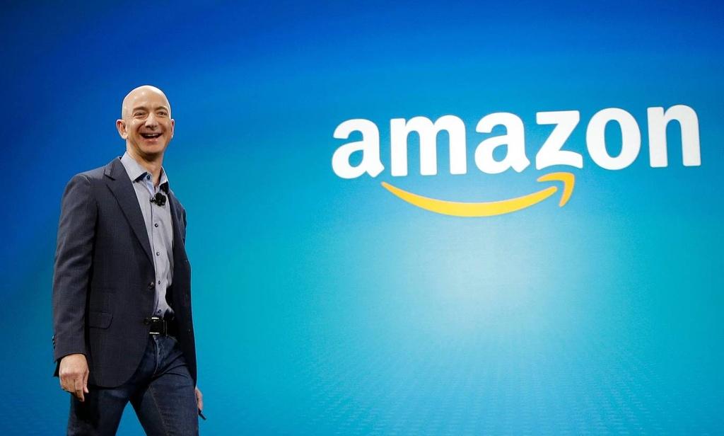Jeff Bezos bien Amazon thanh de che ban le nhanh nhu the nao anh 1