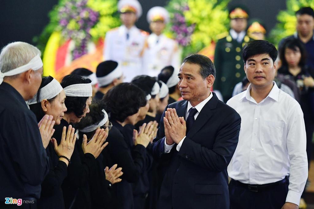 dam tang trung tuong Dong Sy Nguyen anh 13