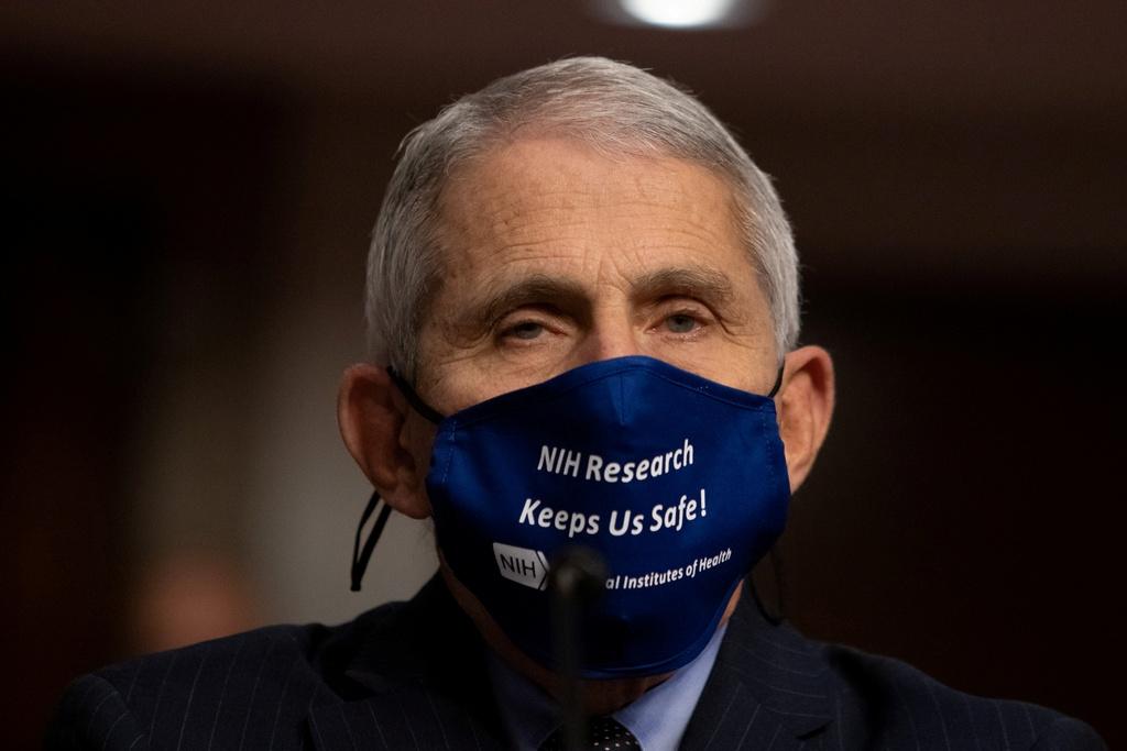 tai sao Biden luon deo khau trang anh 3