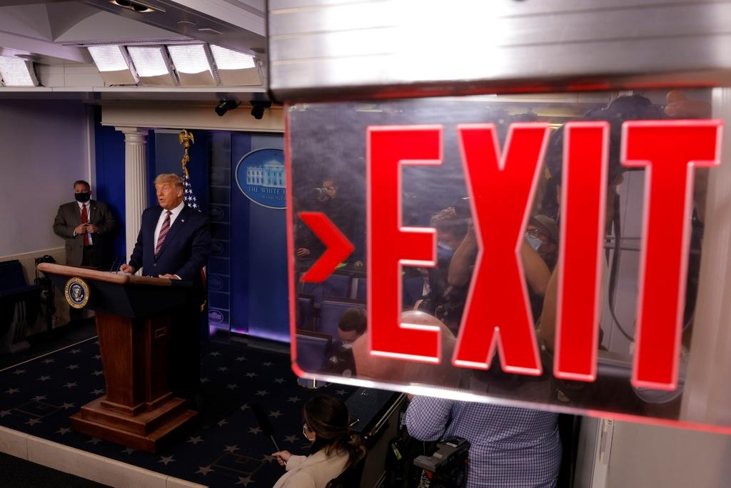 Trump duoc khuyen khong nhan thua anh 7