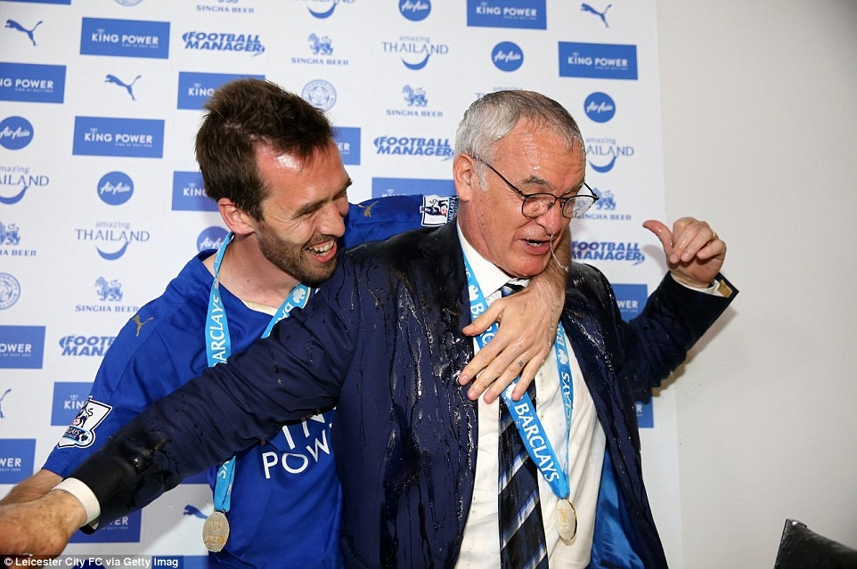 Bi hoc tro tam ruou, Ranieri khang dinh minh qua gia hinh anh 6
