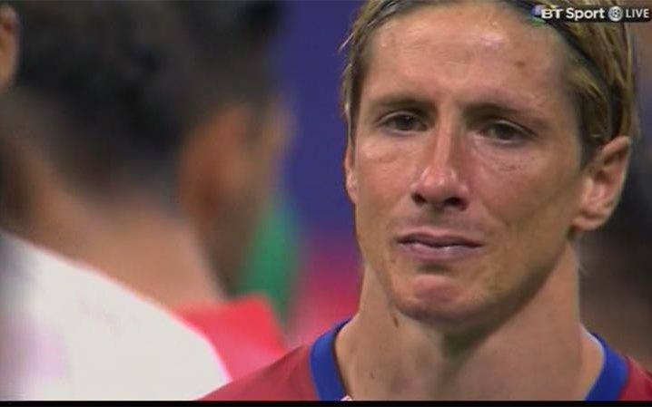 Torres va mot nua thanh Madrid chim trong nuoc mat hinh anh 5
