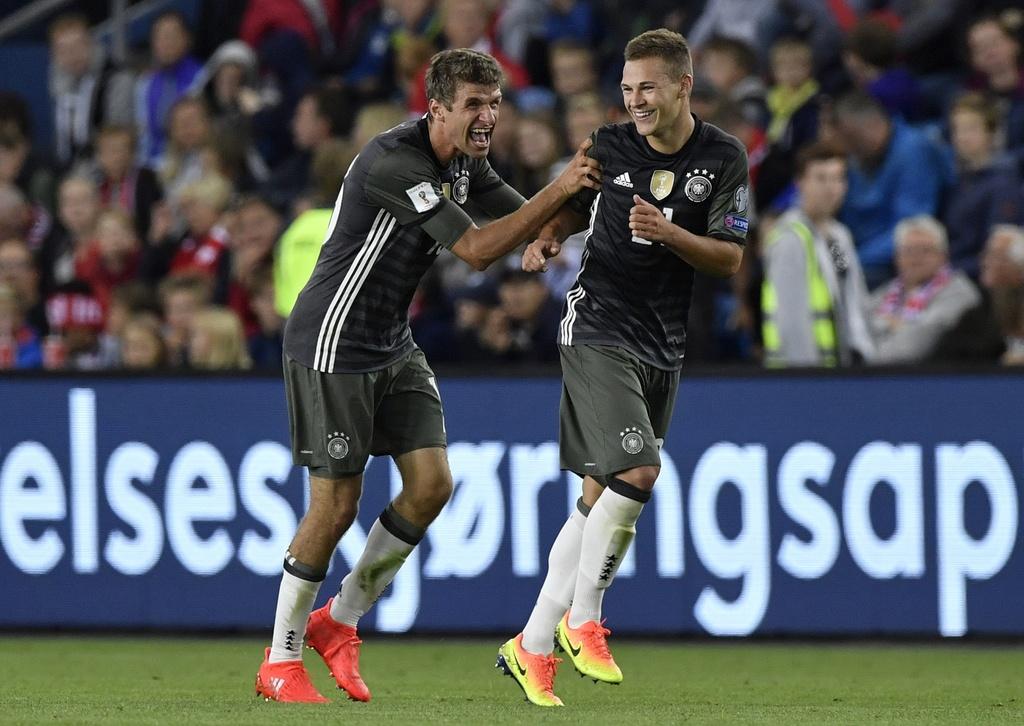 Cau thu Bayern ghi ca 3 ban, tuyen Duc khoi dau suon se hinh anh 5