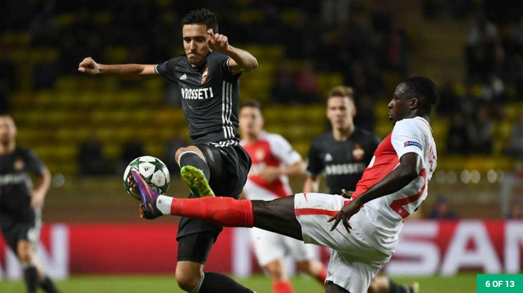 'Thanh' Iker tro lai doi hinh tieu bieu Champions League hinh anh 6
