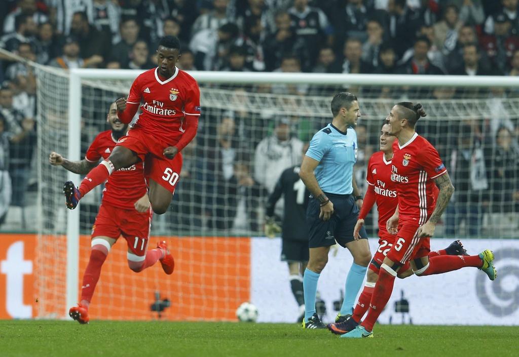 Tran Besiktas vs Benfica anh 4