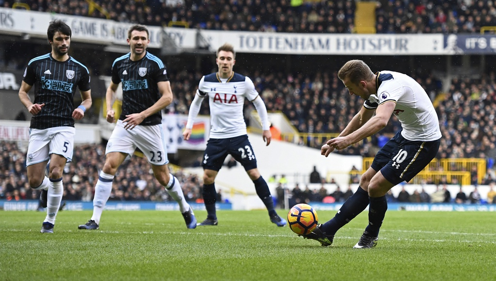 Kane ghi 3 ban, Tottenham tam chiem ngoi nhi cua Liverpool hinh anh 2