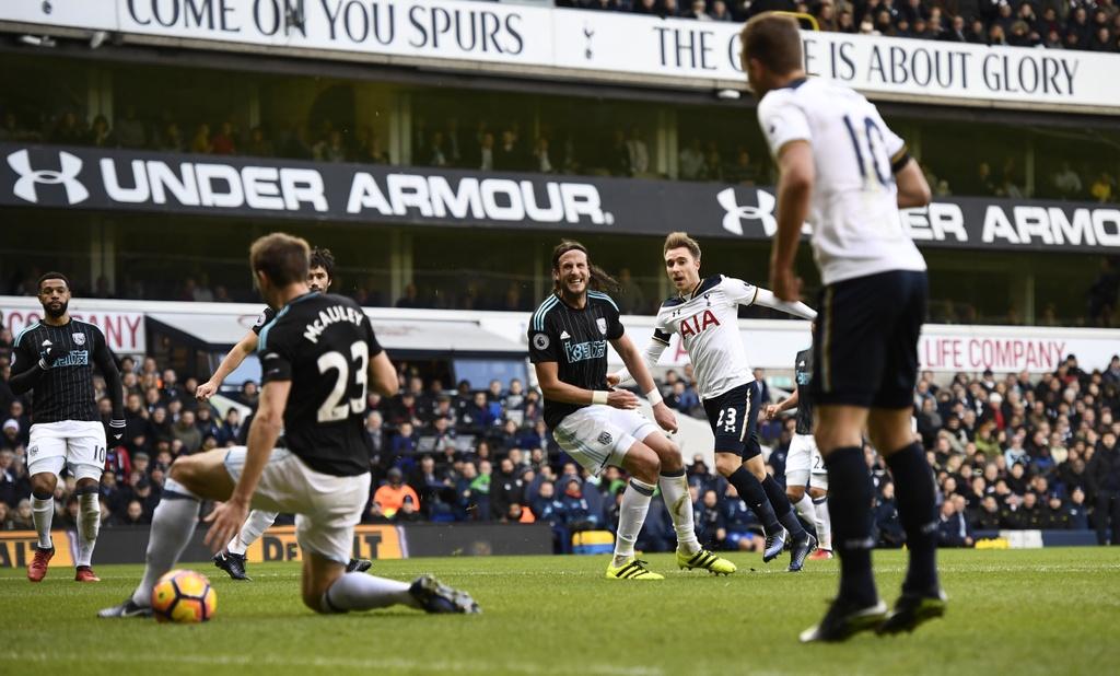 Kane ghi 3 ban, Tottenham tam chiem ngoi nhi cua Liverpool hinh anh 4