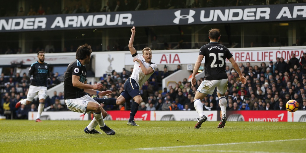 Kane ghi 3 ban, Tottenham tam chiem ngoi nhi cua Liverpool hinh anh 8