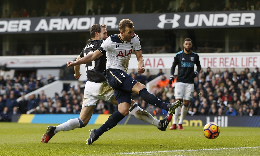 Kane ghi 3 ban, Tottenham tam chiem ngoi nhi cua Liverpool hinh anh 9