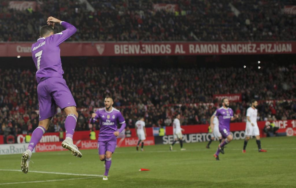 tran Sevilla vs Real Madrid anh 2