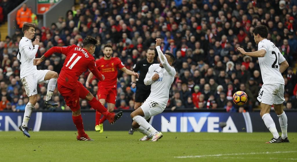 Tran Liverpool vs Swansea anh 9