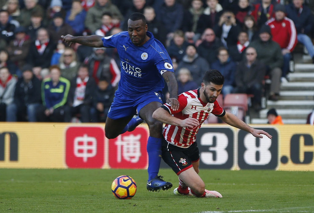 Tran Southampton vs Leicester City anh 6