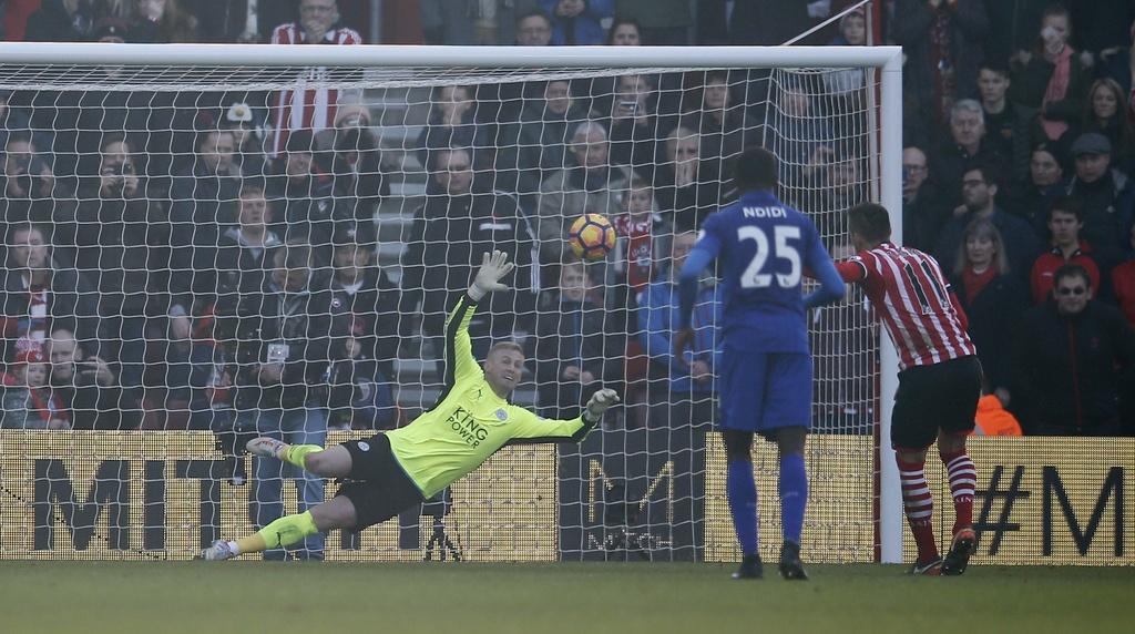 Tran Southampton vs Leicester City anh 8