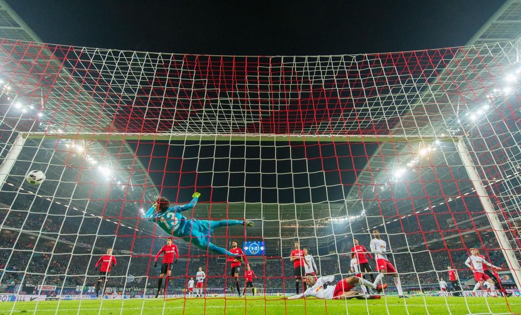 Tran RB Leipzig vs Frankfurt anh 3