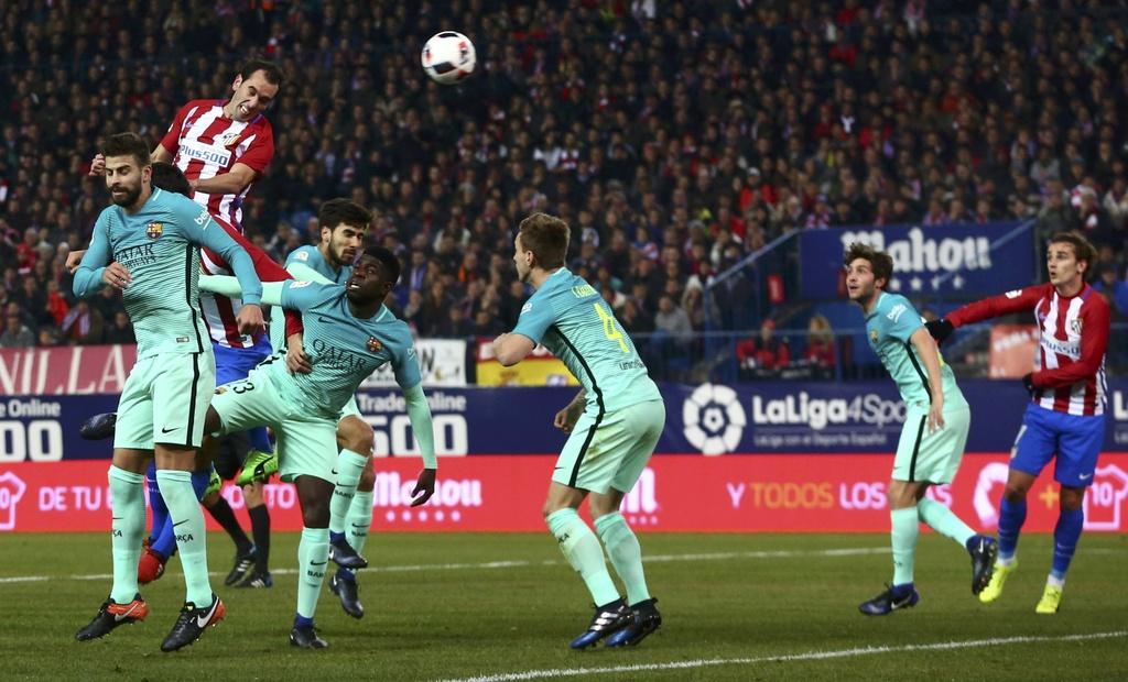 tran Atletico vs Barcelona anh 2