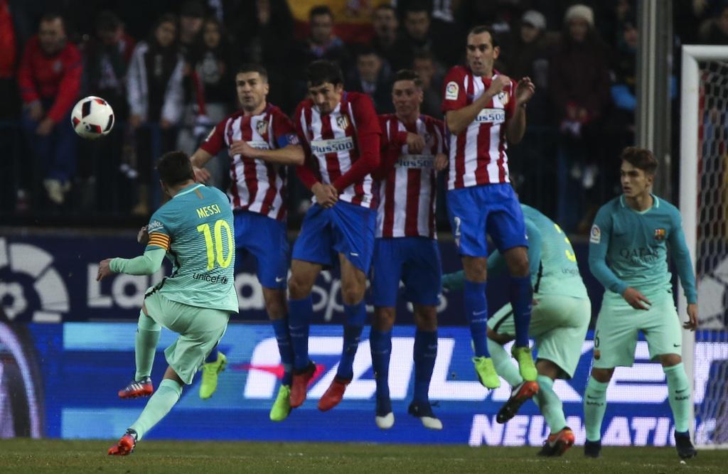 tran Atletico vs Barcelona anh 11