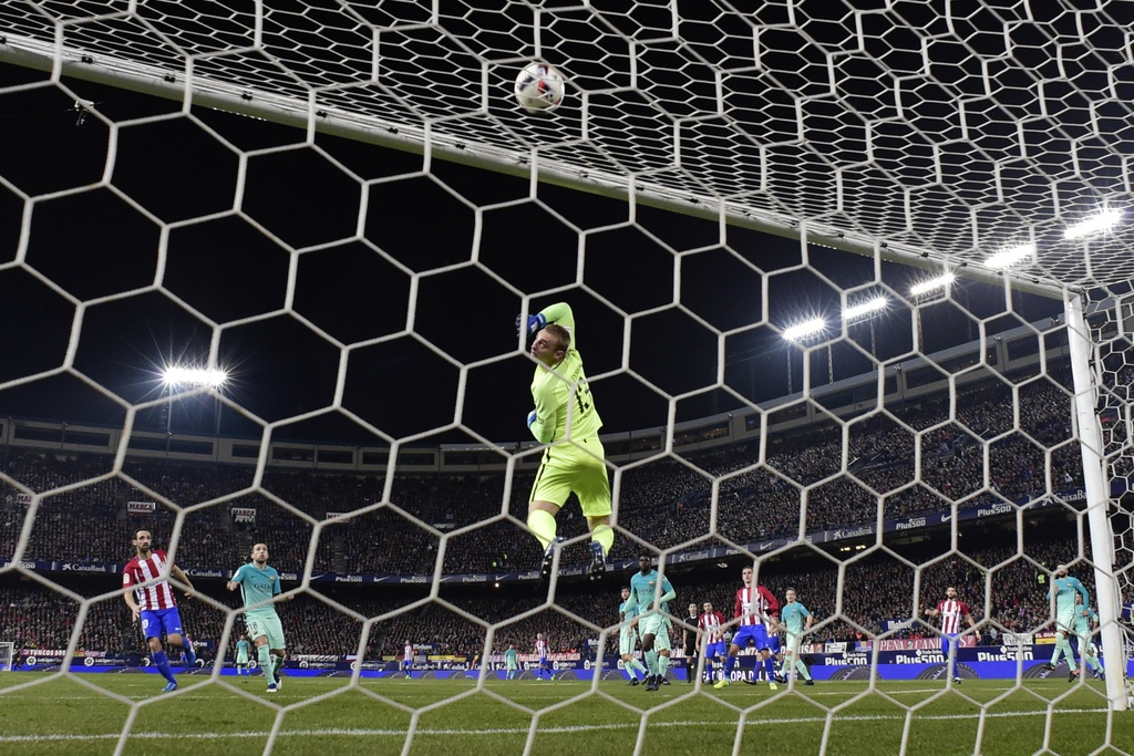 tran Atletico vs Barcelona anh 9