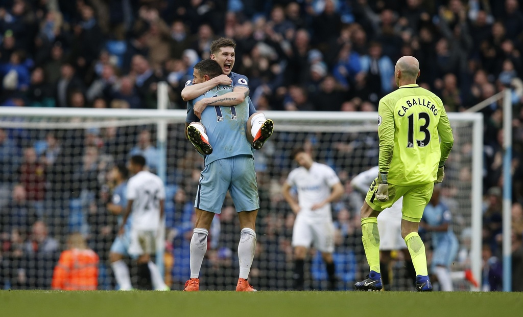 Tran Man City vs Swansea anh 13