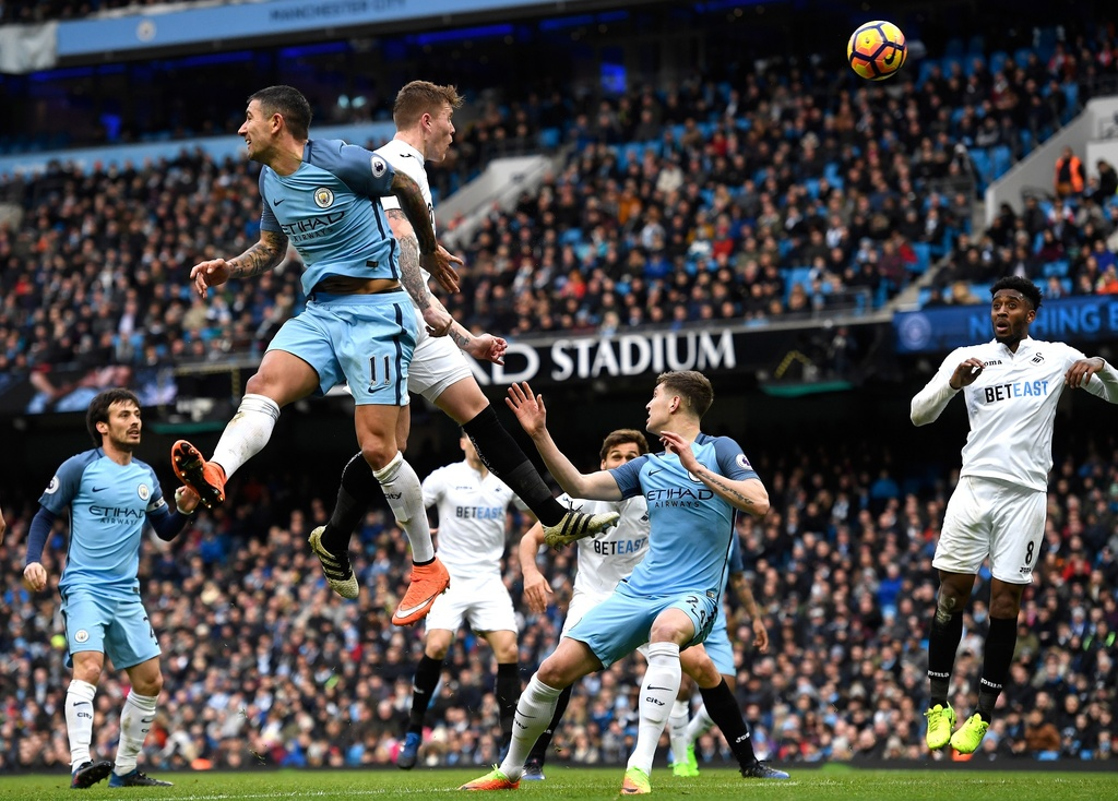 Tran Man City vs Swansea anh 7