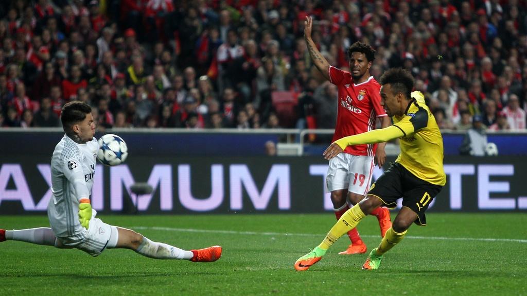 Toi do Aubameyang khien Dortmund bai tran hinh anh 1