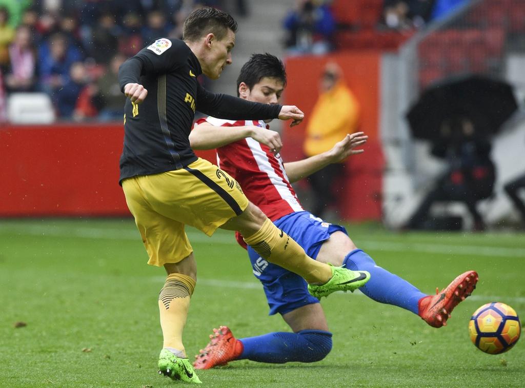Tran Gijon vs Atletico Madrid anh 2