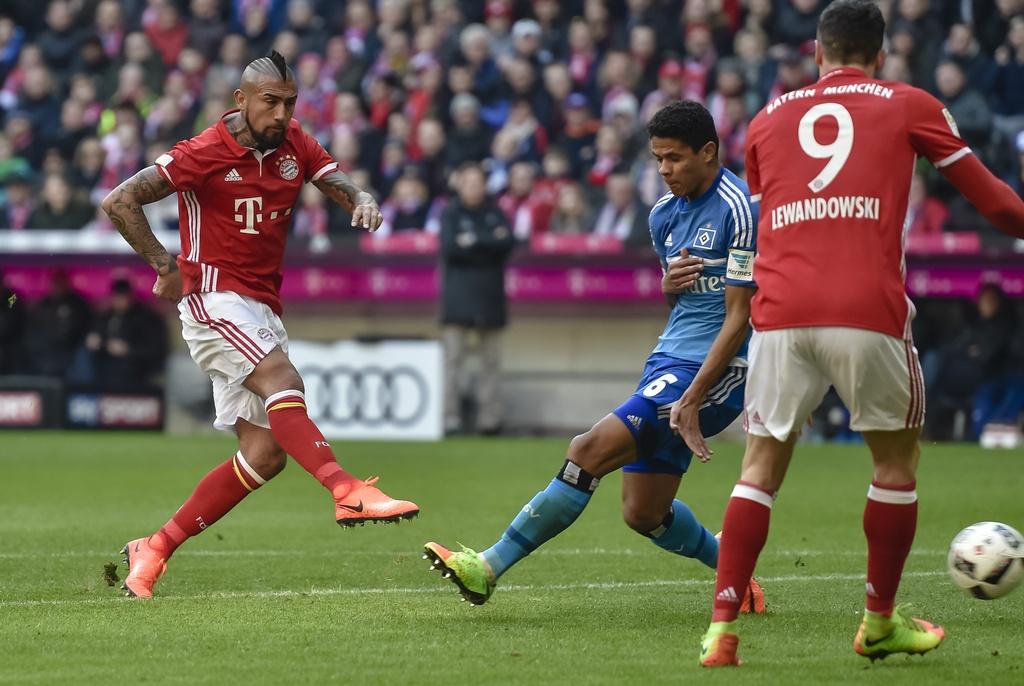 tran Bayern vs Hamburg anh 1