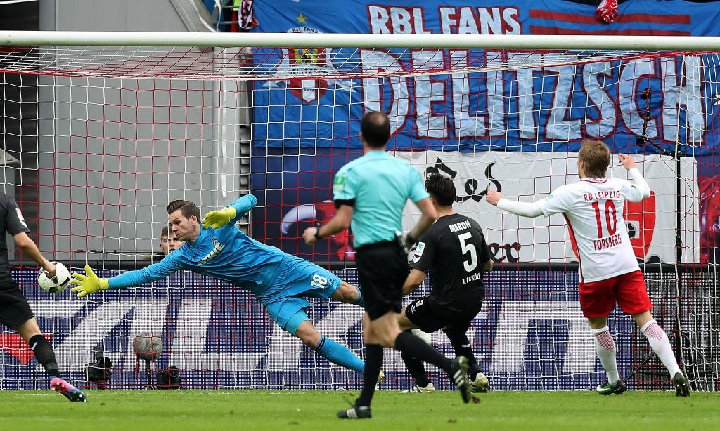 tran Bayern vs Hamburg anh 10