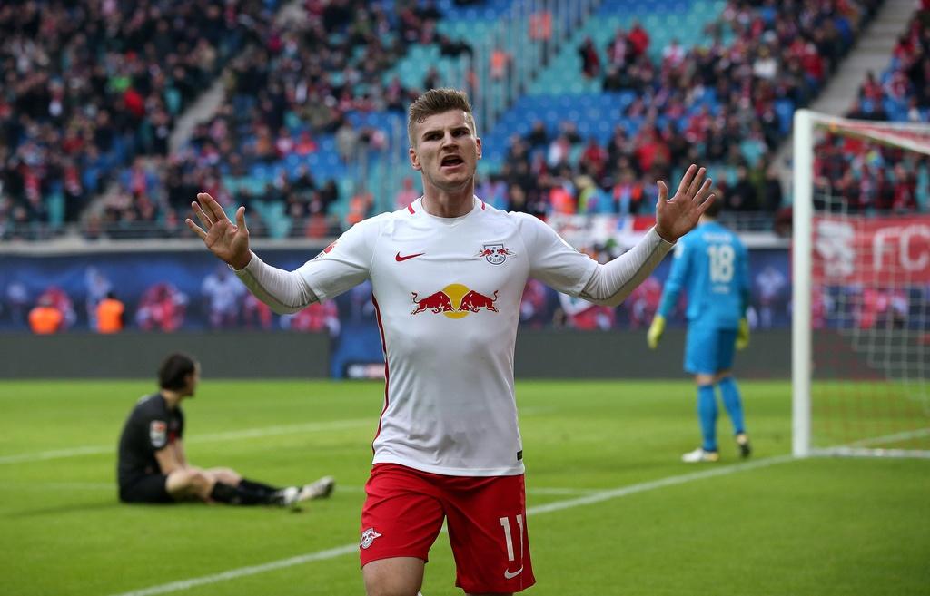 tran Bayern vs Hamburg anh 11