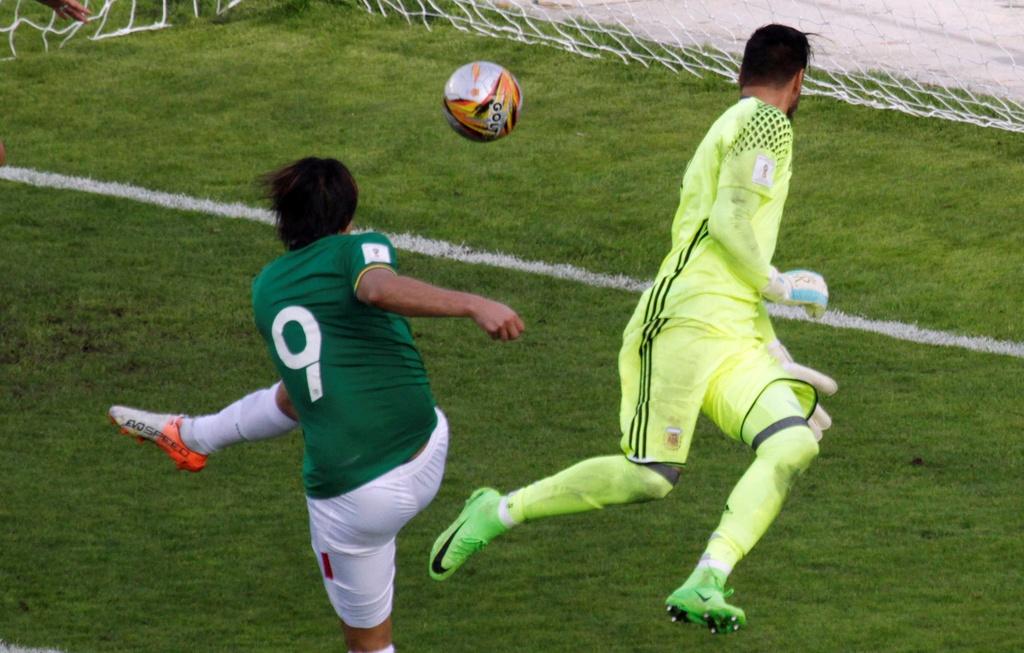 Argentina that bai ngay sau khi Messi bi cam thi dau hinh anh 5