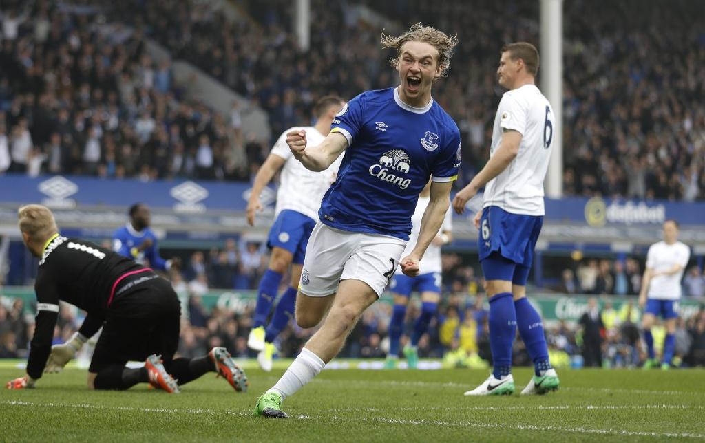 tran Everton vs Leicester City anh 2