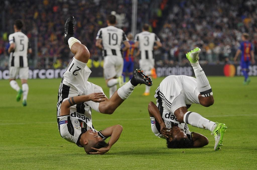 Tran Juventus vs Barcelona anh 3