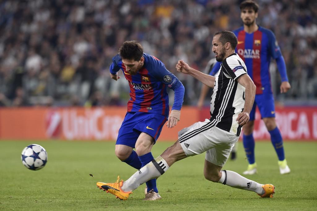 Tran Juventus vs Barcelona anh 14