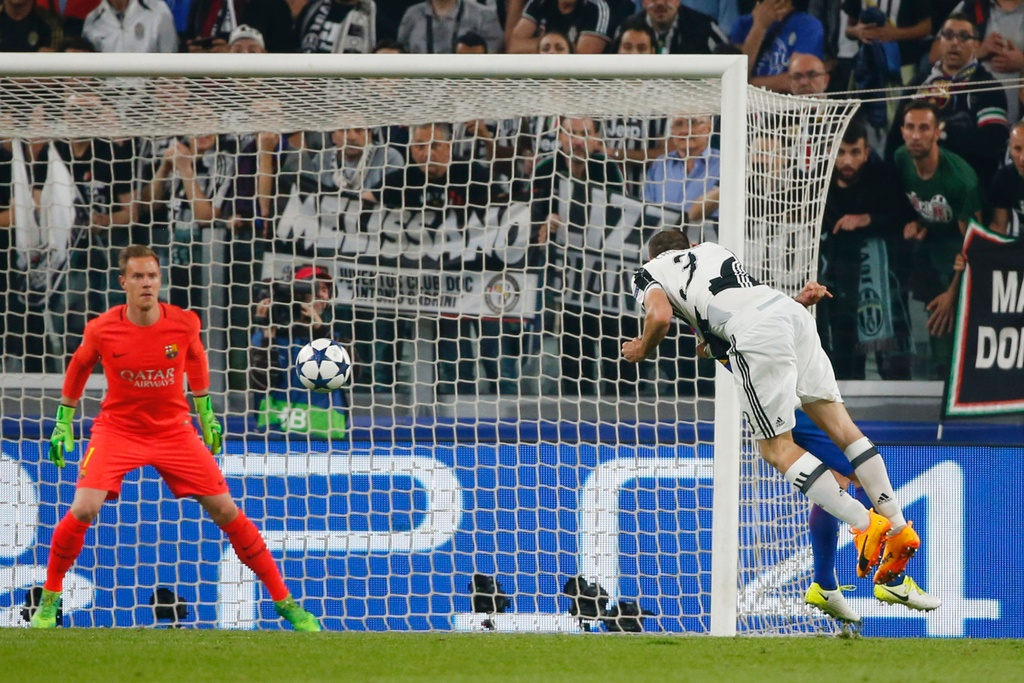 Tran Juventus vs Barcelona anh 11