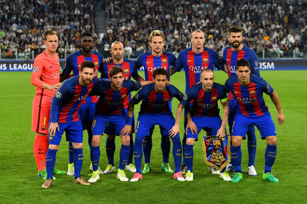 Tran Juventus vs Barcelona anh 1