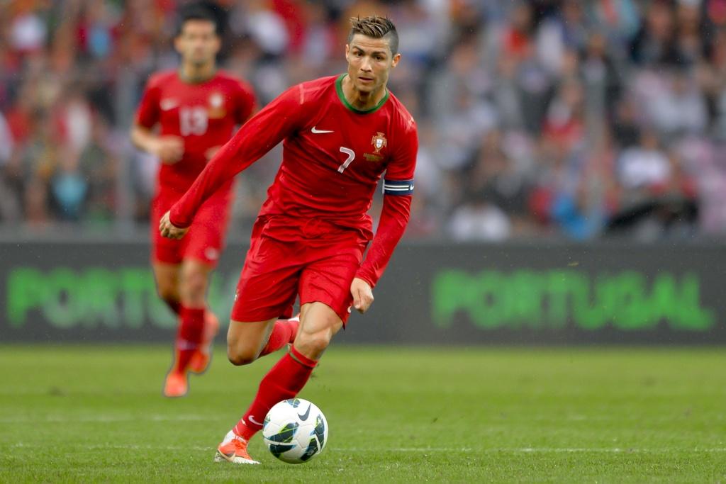 20 ky luc vi dai ma Ronaldo dang nam giu hinh anh 5