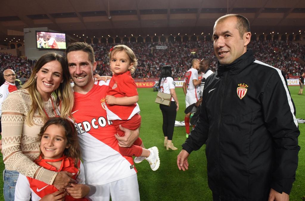 Falcao nang cup, Monaco vo dich Ligue 1 sau 17 nam cho doi hinh anh 9