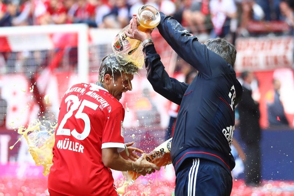Ancelotti tuoi bia len dau cac hoc tro hinh anh 3