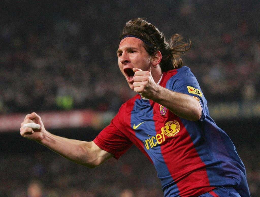 9 lan Messi ky hop dong voi Barca sau hon 12 nam hinh anh 4