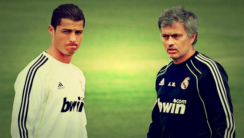 Ronaldo tai ngo Mourinho: Tinh thay tro vua dam vua xoa hinh anh 3