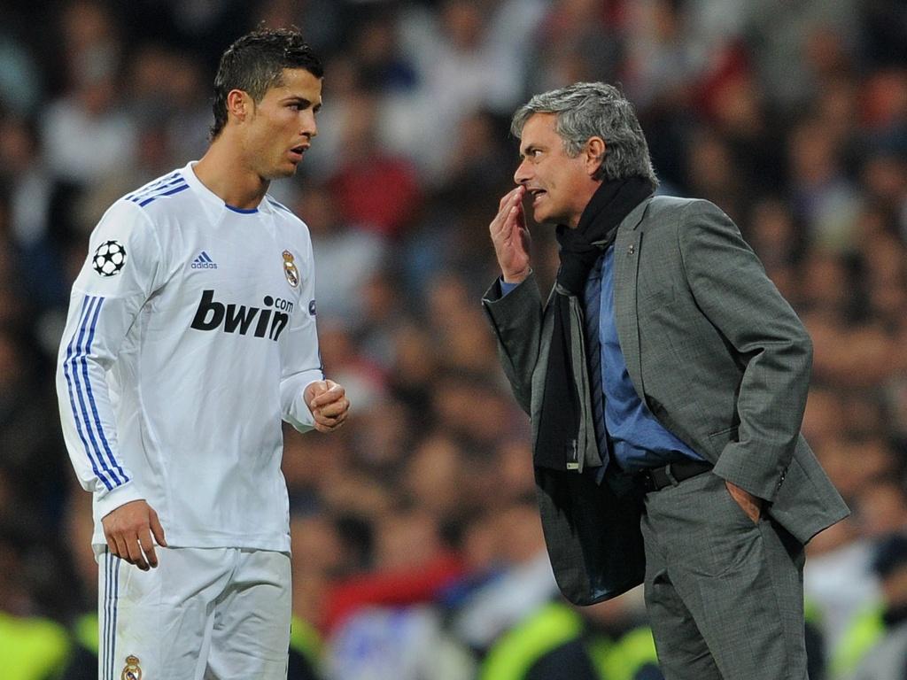 Ronaldo tai ngo Mourinho: Tinh thay tro vua dam vua xoa hinh anh 2